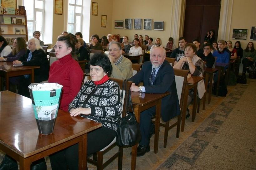 Вручили відзнаки лауреатам літературно-мистецької премії ім. Л. Глібова