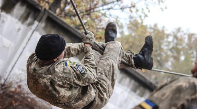 «ЗАХИСНИК ВІТЧИЗНИ» — військово-спортивний турнір у Чернігові