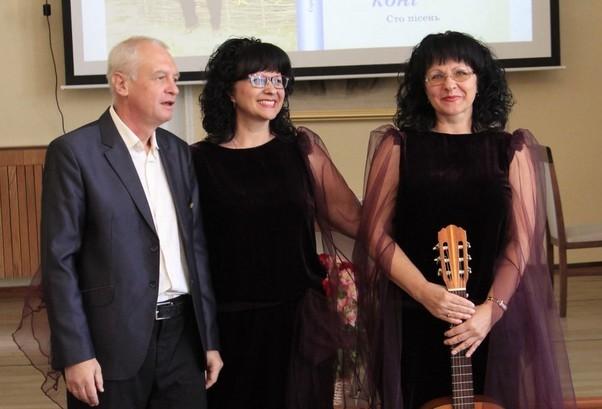 Прем`єру пісні «Білі ангели» виконали талановиті сестри