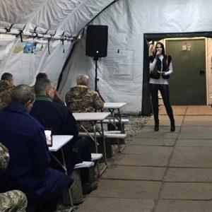 З «прифронтовими» концертами на Донбасі виступили артисти з Чернігова