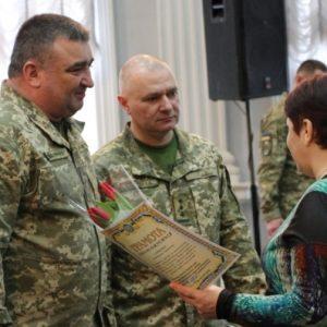 Квіти вдячності матерям та дружинам загиблих воїнів