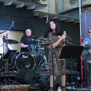 «Джазові історії» представили чернігівцям музиканти зі столиці