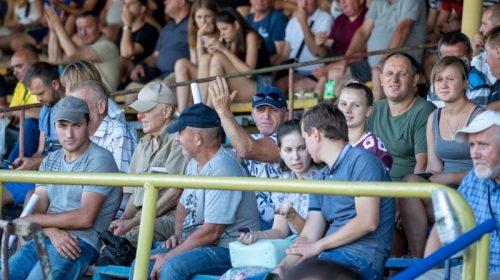 «Десна» розпочала товариські матчі з ветеранами футболу Чернігівщини