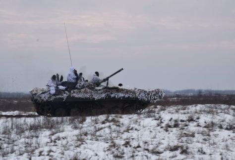 На Чернігівщинівідточують бойові навички «сіверські» танкісти