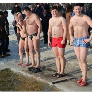 У Десні в міцний мороз купалися і жінки, і чоловіки