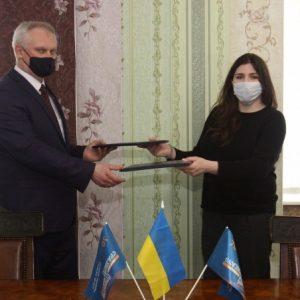 Корюківську шпалерну фабрику відвідала Анна Коваленко
