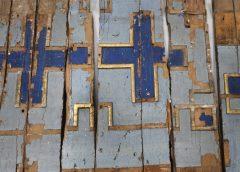 Ікони зруйнованого храму знайшли у стінах панської садиби